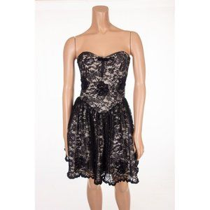 BETSEY JOHNSON Evening 2 Black Lace Evening Party